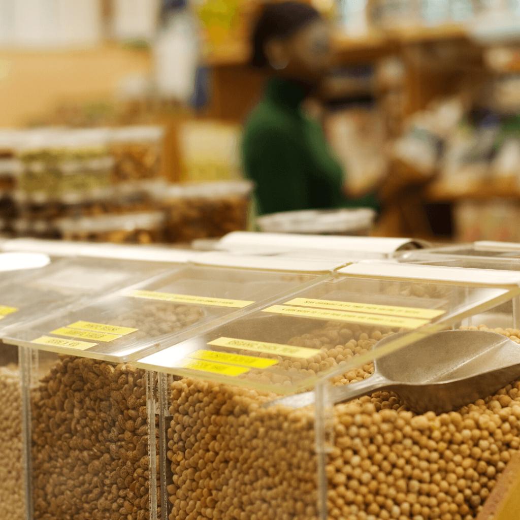 legumbres y frutos secos a granel