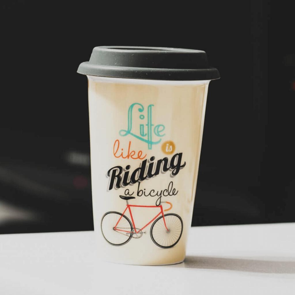 taza de café para llevar reutilizable