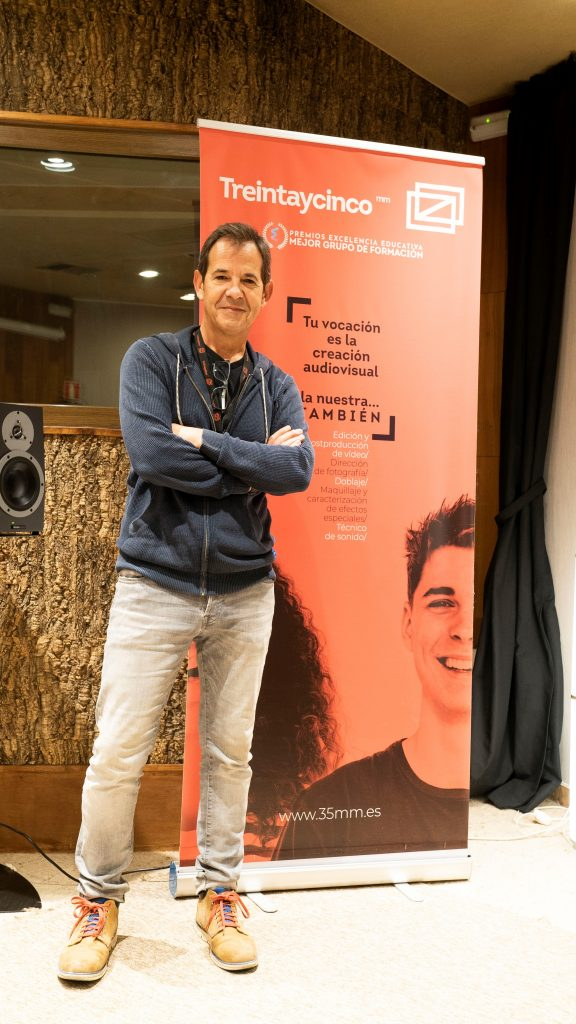 fotografía del actor de doblaje José Posada